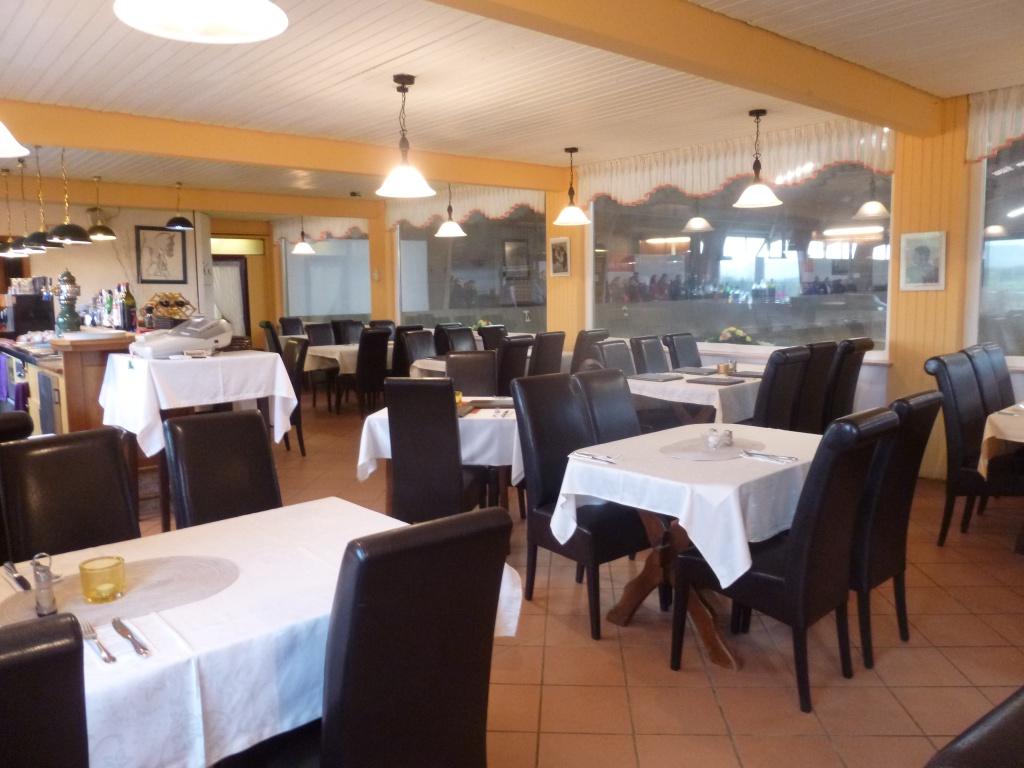 Restaurant Pegasus beim RZV Koblenz -Metternich mit Panoramafenster
